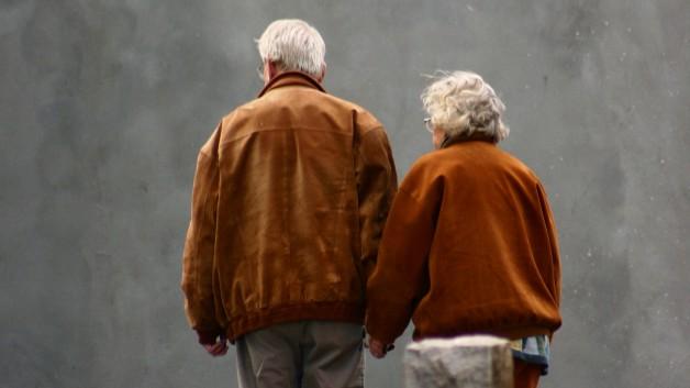 https://www.miriblank.co.il/wp-content/uploads/2012/11/טיפול-משלים-ביחסים-מול-ההורים-628x353.jpg